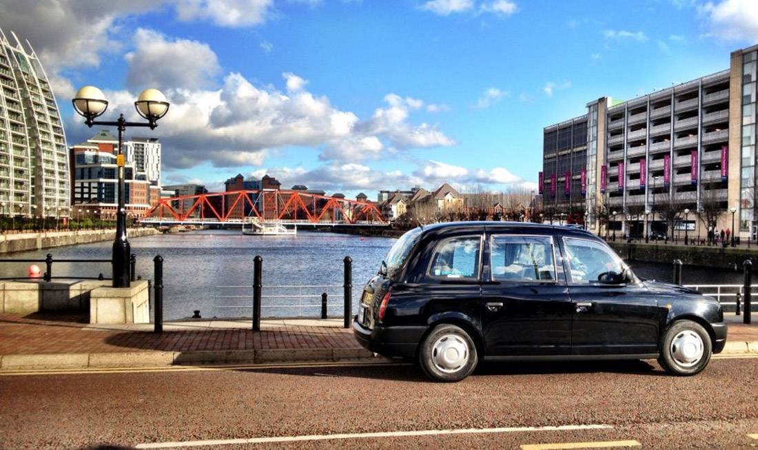 Oxford taxi to Manchester
